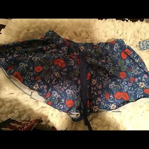 Free People Blue Floral shorts Size S